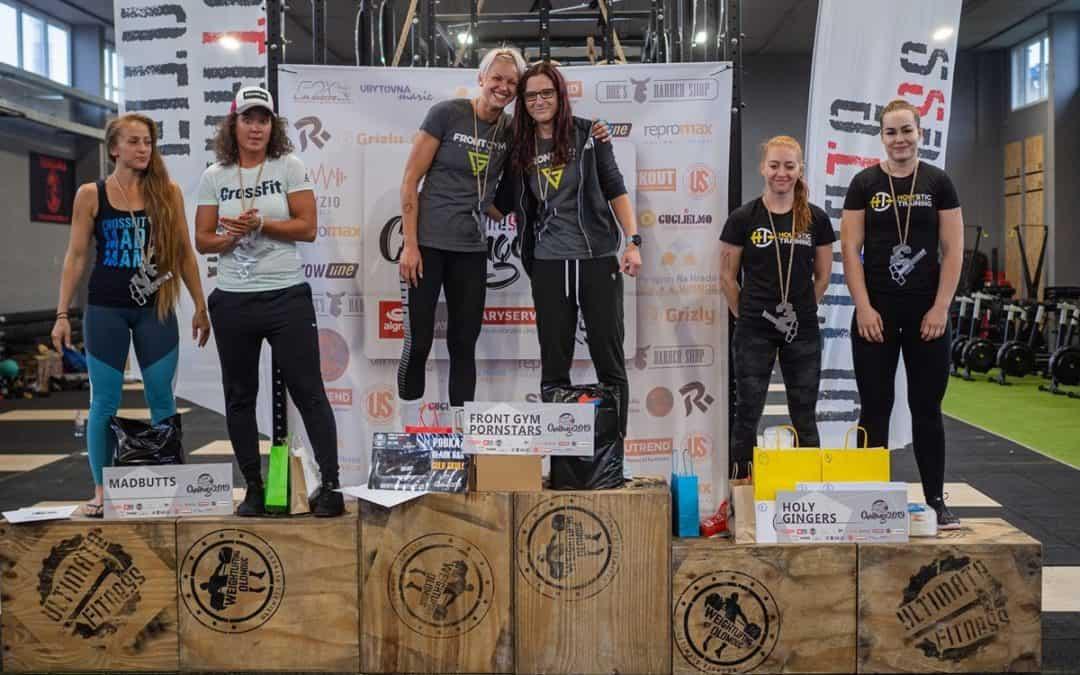 Stupnice vítězů kategorie Ženy Ultimate Fitness Challenge 2019
